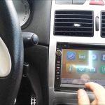 Comment installer autoradio à écran tactile dans une voiture ?